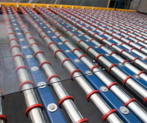 sheets_of_glass_on_conveyor